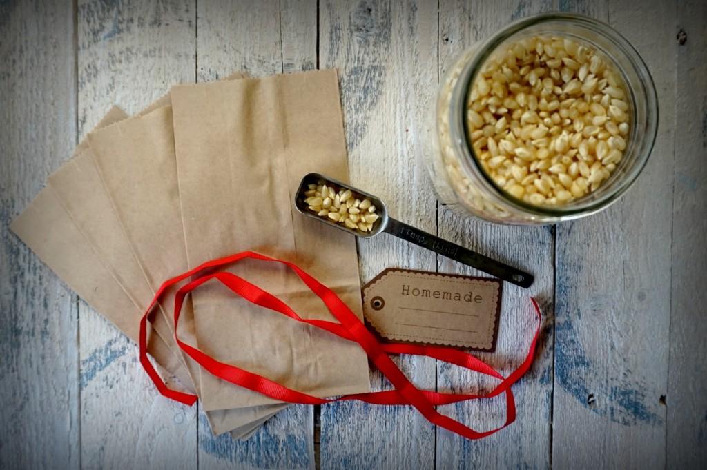 DIY-Popcorn-Bags-1024x681